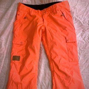 DC waterproof snowpants